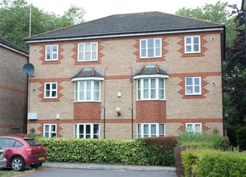 Thumbnail 1 bed flat to rent in Vanbrugh Court, London Road, Reading, Berkshire