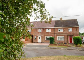 Weir Road, Hartley Wintney, Hook RG27. 3 bed terraced house