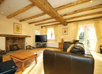Thumbnail 6 bed cottage to rent in Gravelpits Lane, Gomshall