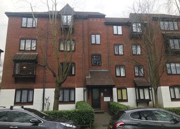 Thumbnail 2 bedroom flat to rent in High Street, Purley