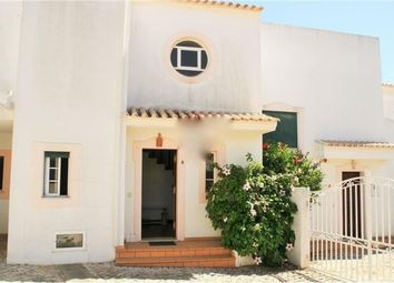 Thumbnail 3 bed villa for sale in Portugal, Algarve, Albufeira