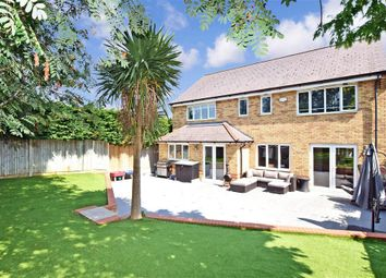 5 bed detached house for sale in Hanson Drive, Maidstone, Kent ME15