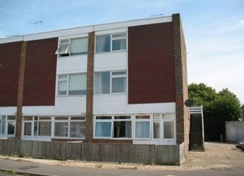 Thumbnail 1 bed flat to rent in Parsons Mead, Abingdon-On-Thames