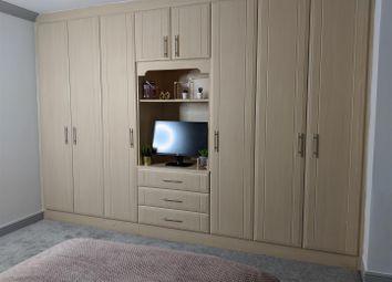 Room to rent in St. Bernards Road, Slough SL3
