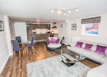 Thumbnail 2 bed flat to rent in Wharf View, Chester