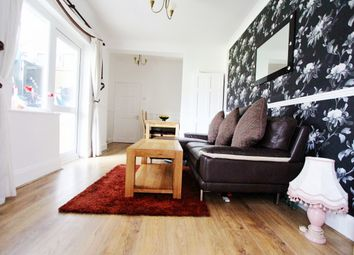 Thumbnail 1 bed flat for sale in Marlow Road, London