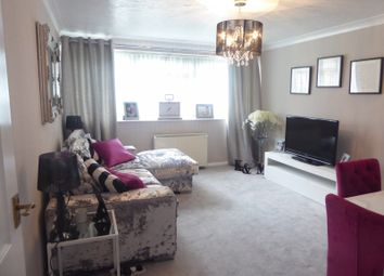 Thumbnail 2 bed flat to rent in The Cedars, Dunstable