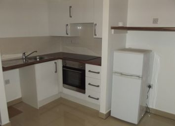 2 bed flat to rent in Erskine Street, Leicester LE1