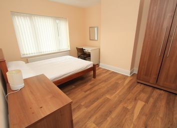 Thumbnail Room to rent in Coast Road, High Heaton, Newcastle Upon Tyne