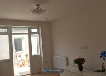 Thumbnail Room to rent in Gladstone Park Gardens, London