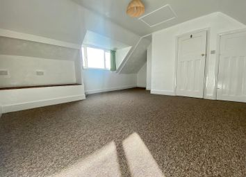 2 bed maisonette to rent in Elm Drive, Hove, East Sussex BN3