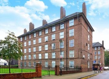 Thumbnail 4 bed shared accommodation to rent in Shadwell Gardens, Shadwell