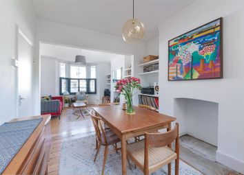 2 bed property for sale in Olinda Road, Stoke Newington N16