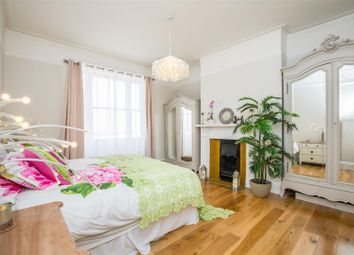 Thumbnail 3 bed flat to rent in Medina Villas, Hove