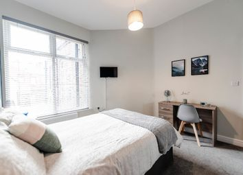 Room to rent in Bromwich Street, Bolton BL2