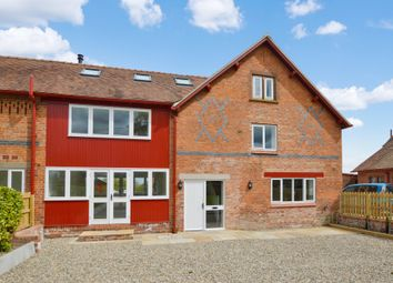 Thumbnail 4 bed barn conversion to rent in Lower Lane, Aldford, Chester