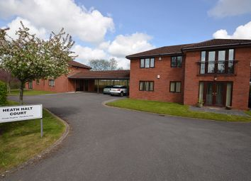 2 bed flat to rent in Heath Halt Court, Cardiff CF23
