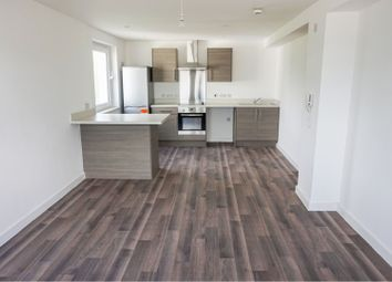 2 bed flat for sale in Parkwood Rise, Keighley BD21