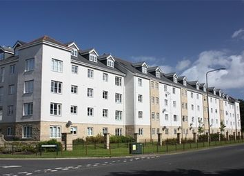Thumbnail 2 bed flat to rent in Queens Crescent, Livingston, Livingston