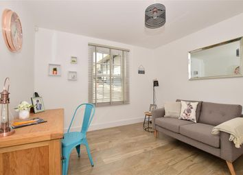 Thumbnail 4 bedroom town house for sale in Radnor Park Avenue, Folkestone, Kent