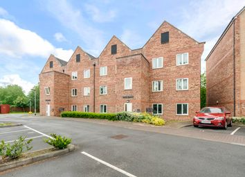 Thumbnail 2 bedroom flat for sale in Tapton Lock Hill, Chesterfield