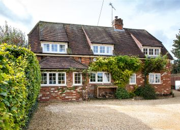 Thumbnail 4 bed cottage for sale in High Street, Chinnor, Oxon