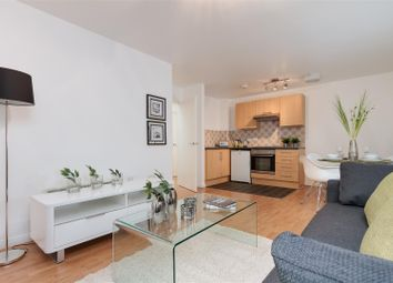 Thumbnail 1 bed flat for sale in City Link, Hessel Street, Salford
