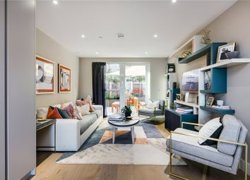 Thumbnail 5 bed terraced house for sale in Central Avenue, Fulham Riverside, London