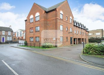 Thumbnail 2 bed flat for sale in High Street North, Dunstable
