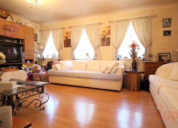 3 bed maisonette for sale in Firs Lane, London N13