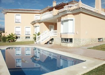 Thumbnail 5 bed villa for sale in Mijas Golf, Spain