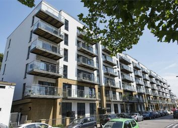 Thumbnail 2 bed flat to rent in 18 Gwynne Road, Battersea, London