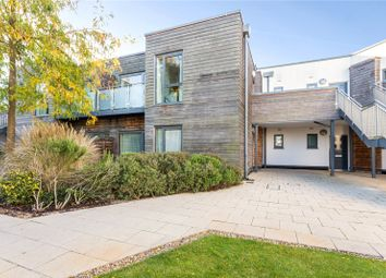 Thumbnail 2 bedroom flat for sale in Baily, Parkway, Newbury, Berkshire