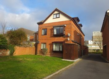 Thumbnail 1 bed flat to rent in Laundry Road, Southampton