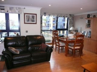 Thumbnail 2 bed flat to rent in Canute Road, Ocean Village Southampton