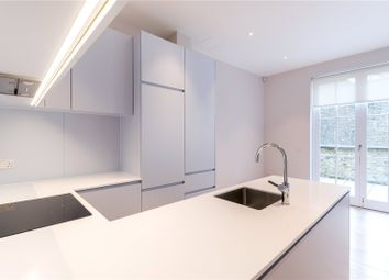 Thumbnail 2 bed property to rent in Charterhouse, London