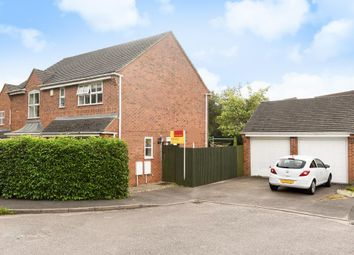 Thumbnail 4 bedroom detached house for sale in Littleworth, Oxfordshire