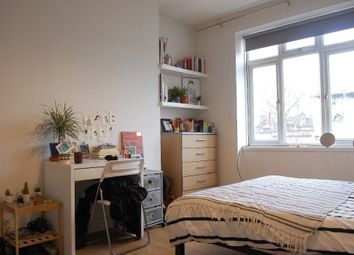 Thumbnail 3 bed flat to rent in Chatsworth House, Powerscroft Road, Hackney