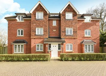 Thumbnail 2 bed flat for sale in Landen Grove, Wokingham, Berkshire