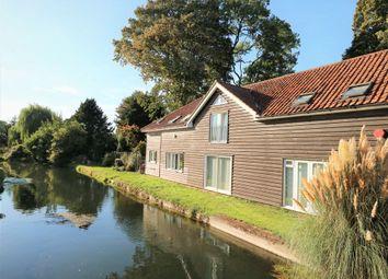 2 bed terraced house for sale in High Road, Broxbourne EN10