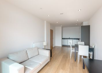 Iona Tower, 33 Ross Way, Limehouse E14. 1 bed flat for sale