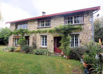 Thumbnail 5 bed property for sale in Cherigne, Poitou-Charentes, France