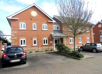 Thumbnail 2 bedroom flat for sale in Coates Quay, Chelmsford