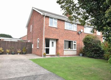 3 bed property for sale in Keddington Road, Louth LN11