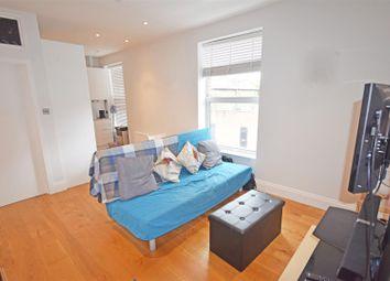 Thumbnail 1 bed flat to rent in Laurel Avenue, Twickenham