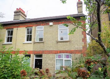 Thumbnail 3 bed town house to rent in Pye Terrace, Cambridge