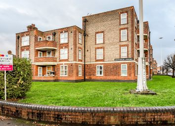 Thumbnail 3 bed flat for sale in Malden Way, New Malden