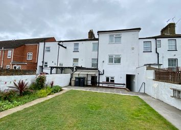 Cambrian Grove, Gravesend DA11. 4 bed semi-detached house