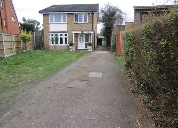 Thumbnail 5 bedroom detached house for sale in Wykeham Avenue, Hornchurch, London