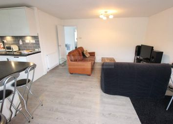 2 bed maisonette to rent in Gerrards Close, London N14